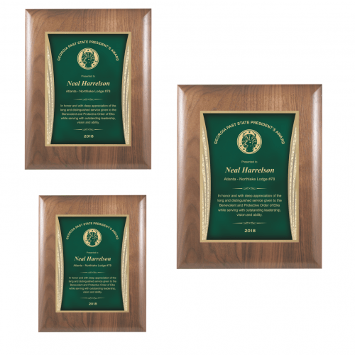 Walnut Plaque with Green Showtime Plate