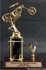 Black Single Column Chopper Motorcycle With 1 Eagle Trophy