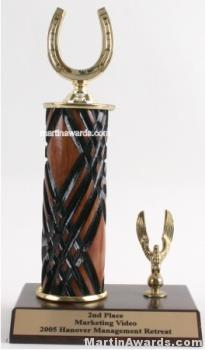 Wood Single Column Horseshoe With 1 Eagle Trophy