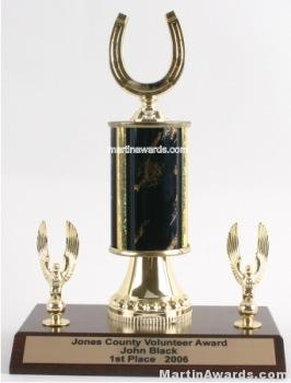 Black Single Column Horseshoe With 2 Eagles Trophy