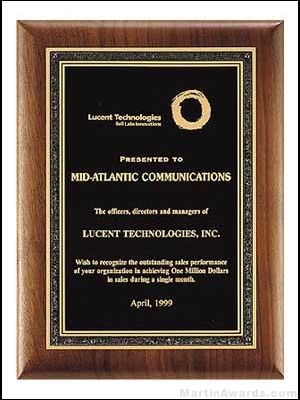 Plaque - Solid American Walnut Plaque w/Black Center Plate with Florentine Border