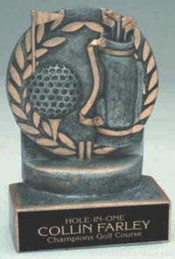 Golf Wreath Resin Trophy 1