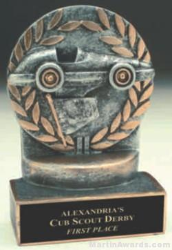 Pinewood Derby Wreath Resin Trophy